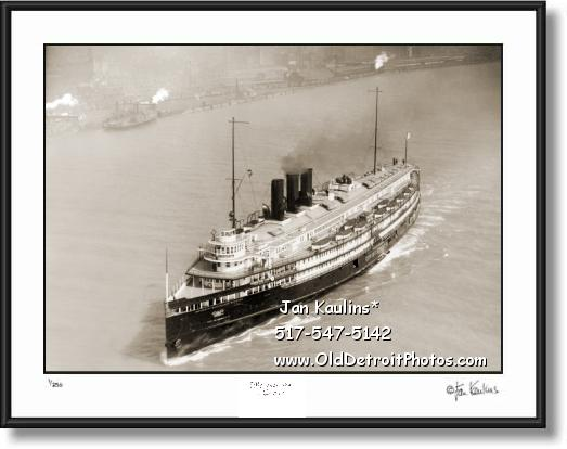 CITY OF DETROIT III Great Lakes Steamer photo