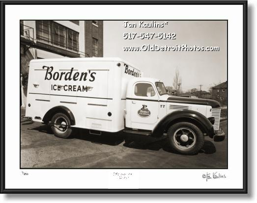 Click on this image to see an enlarged view of BORDENS ICE CREAM TRUCK Detroit old photo.