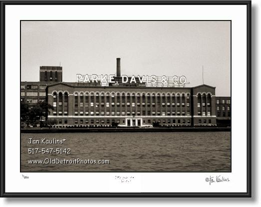 Click on this image to see an enlarged view of PARKE DAVIS DETROIT picture photo for sale.