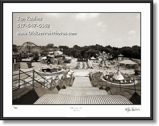 Click on this image to see an enlarged view of EDGEWATER AMUSEMENT PARK print photo.