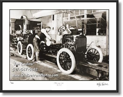 FORD ASSEMBLY LINE 1919 photo picture print