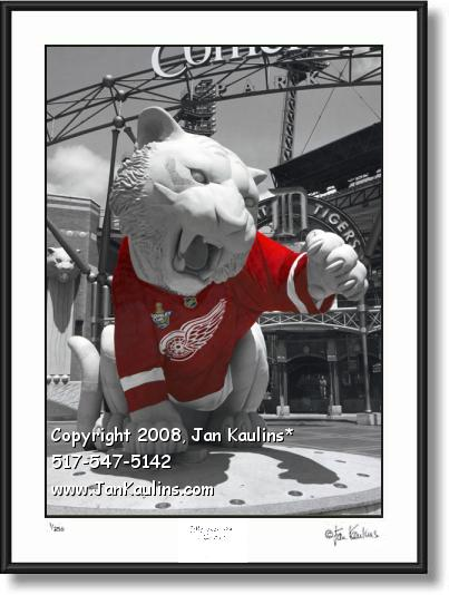 Detroit Tiger Statue Red Wings Jersey photo print