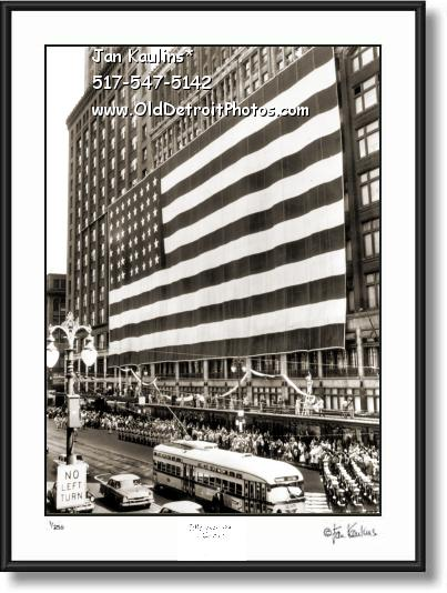 Click on this image to see an enlarged view of JL HUDSON'S DETROIT photo picture art print.