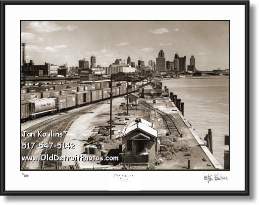 Click on this image to see an enlarged view of DETROIT SKYLINE Train Tracks photo print.