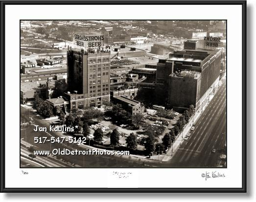 Click on this image to see an enlarged view of STROH'S BREWERY Stroh's Brewery photo print.