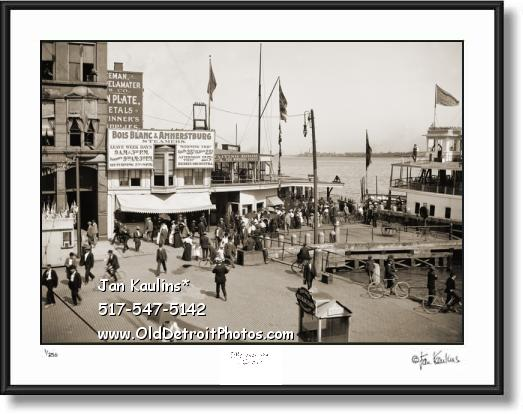 BOIS BLANC & AMHERSTBURG Ferry Docks photo