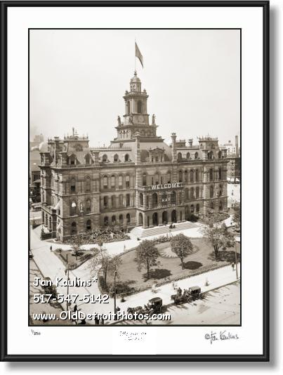 Click on this image to see an enlarged view of OLD DETROIT CITY HALL Campus Martius photo.