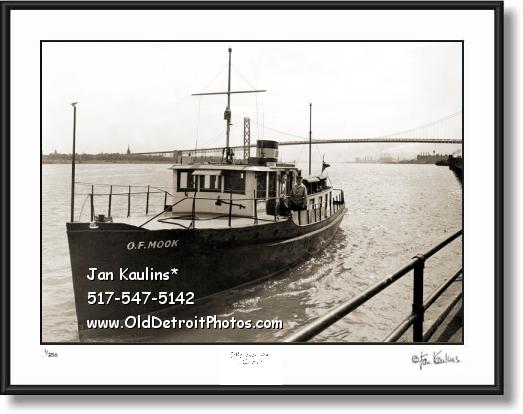 Click on this image to see an enlarged view of DETROIT MAIL BOAT O. F. MOOK 1945 photo print.
